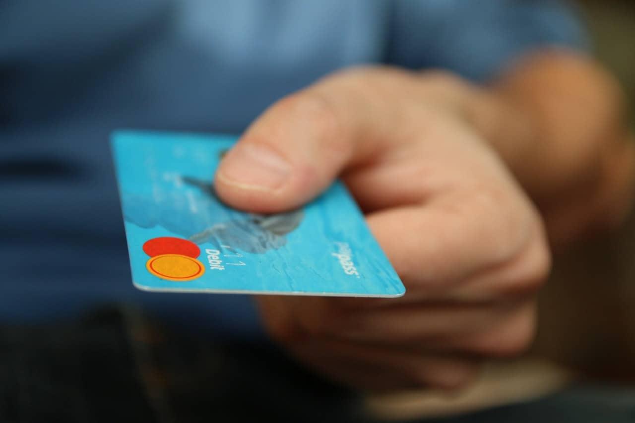 Evita perder dinero con tus tarjetas de crédito MAPFRE BLOG